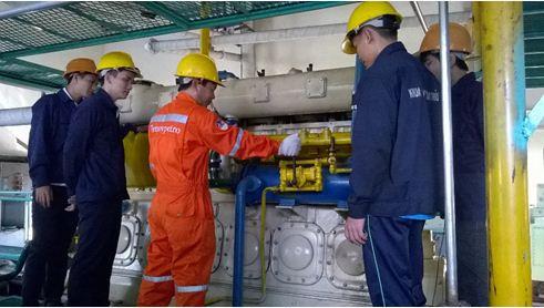ngành khai thác máy tàu thủy